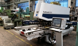 Punching machine Trumpf TRUPUNCH 3000, used, new in 2013.
